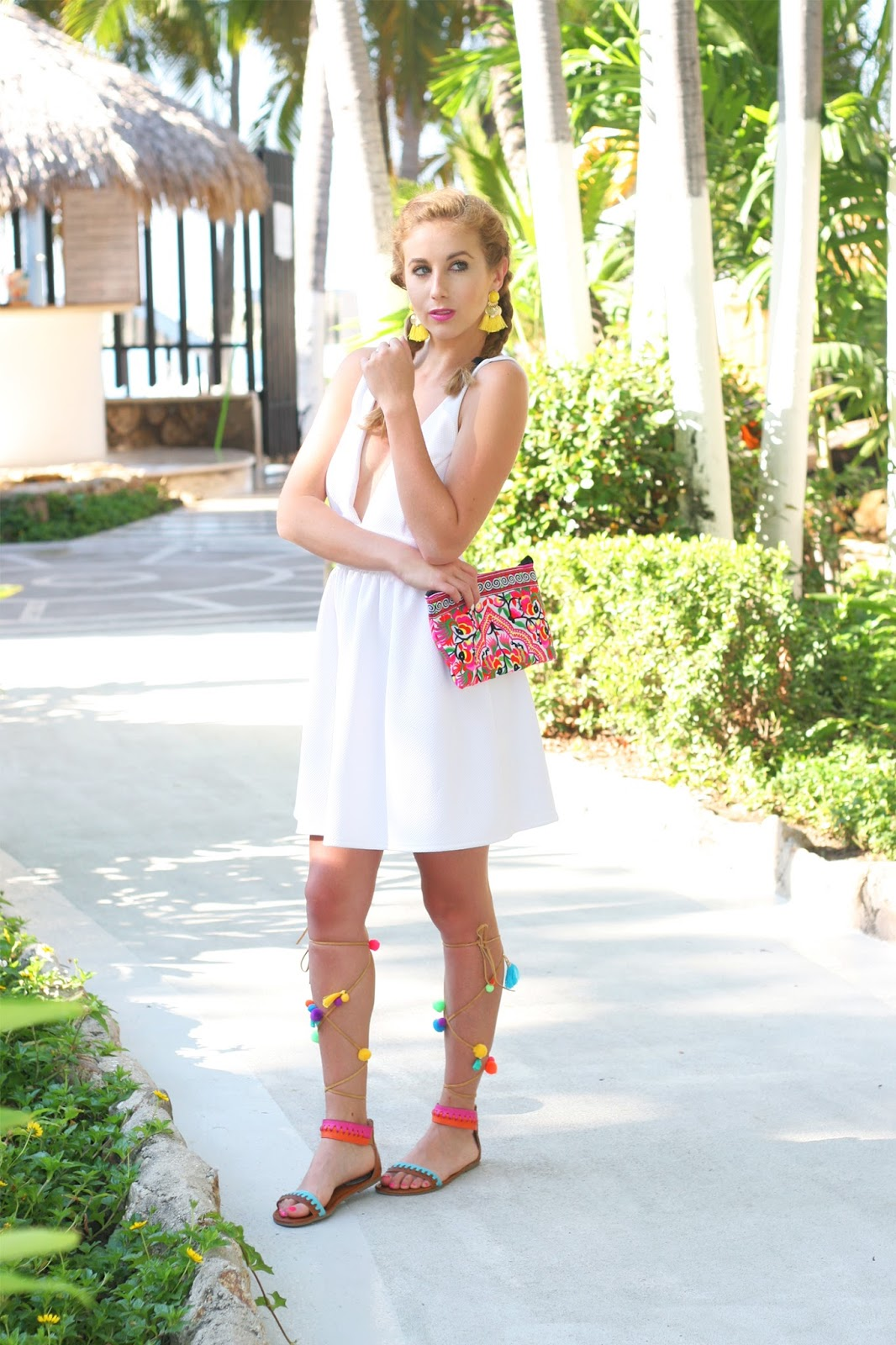 Sara-kate-styling-Steadman-frill-clothing-nc-blogger-shark-tank-collaboration