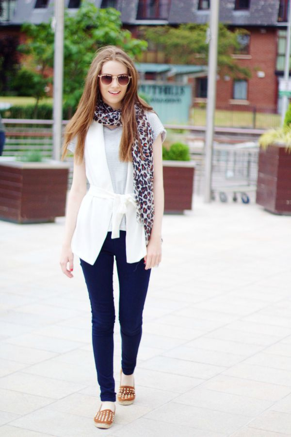 Sleeveless Blazer Outfit