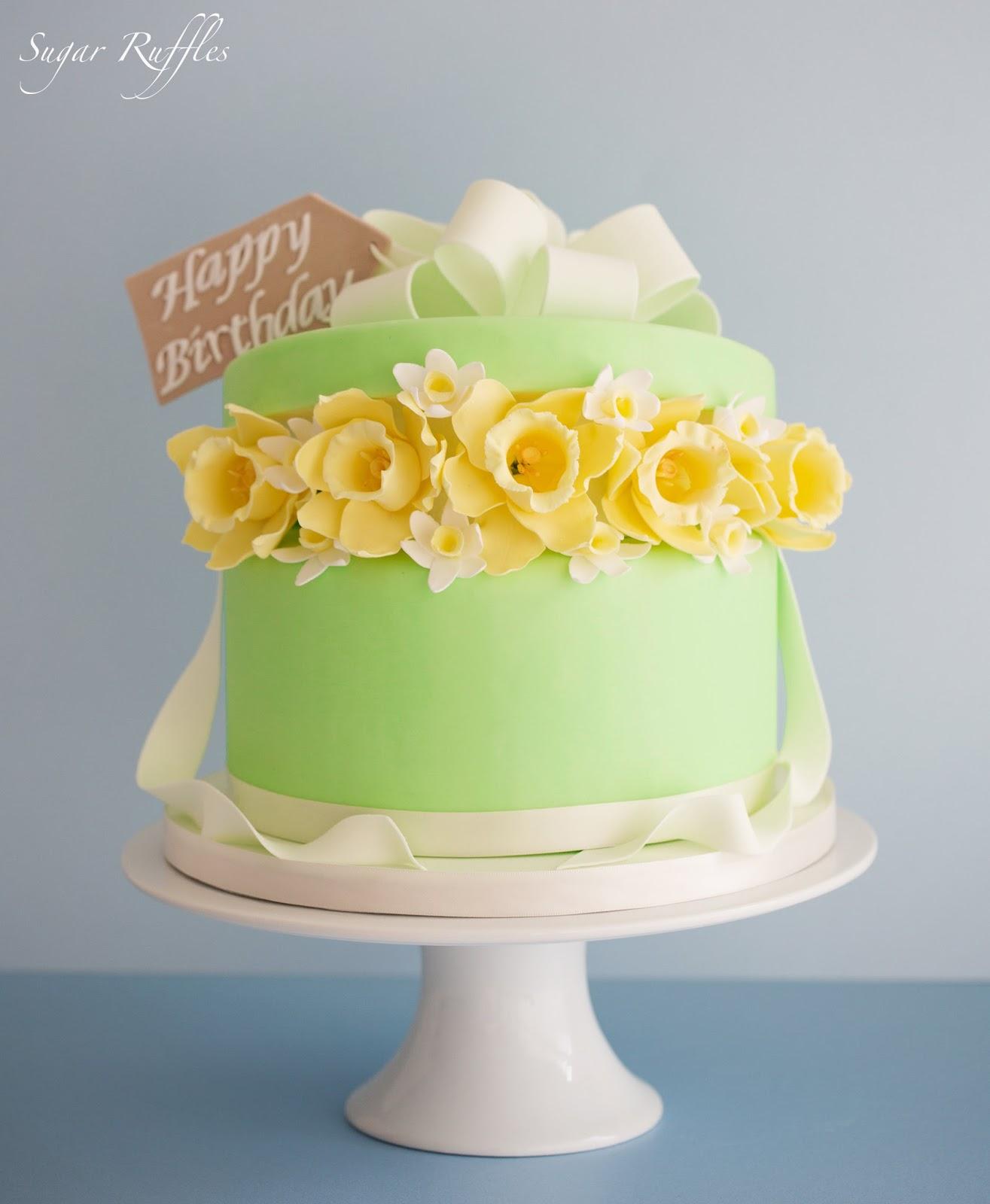 Party Cakes Magazine- Daffodil Birthday Cake