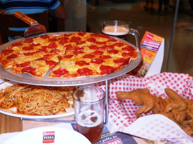 shakey's group meals