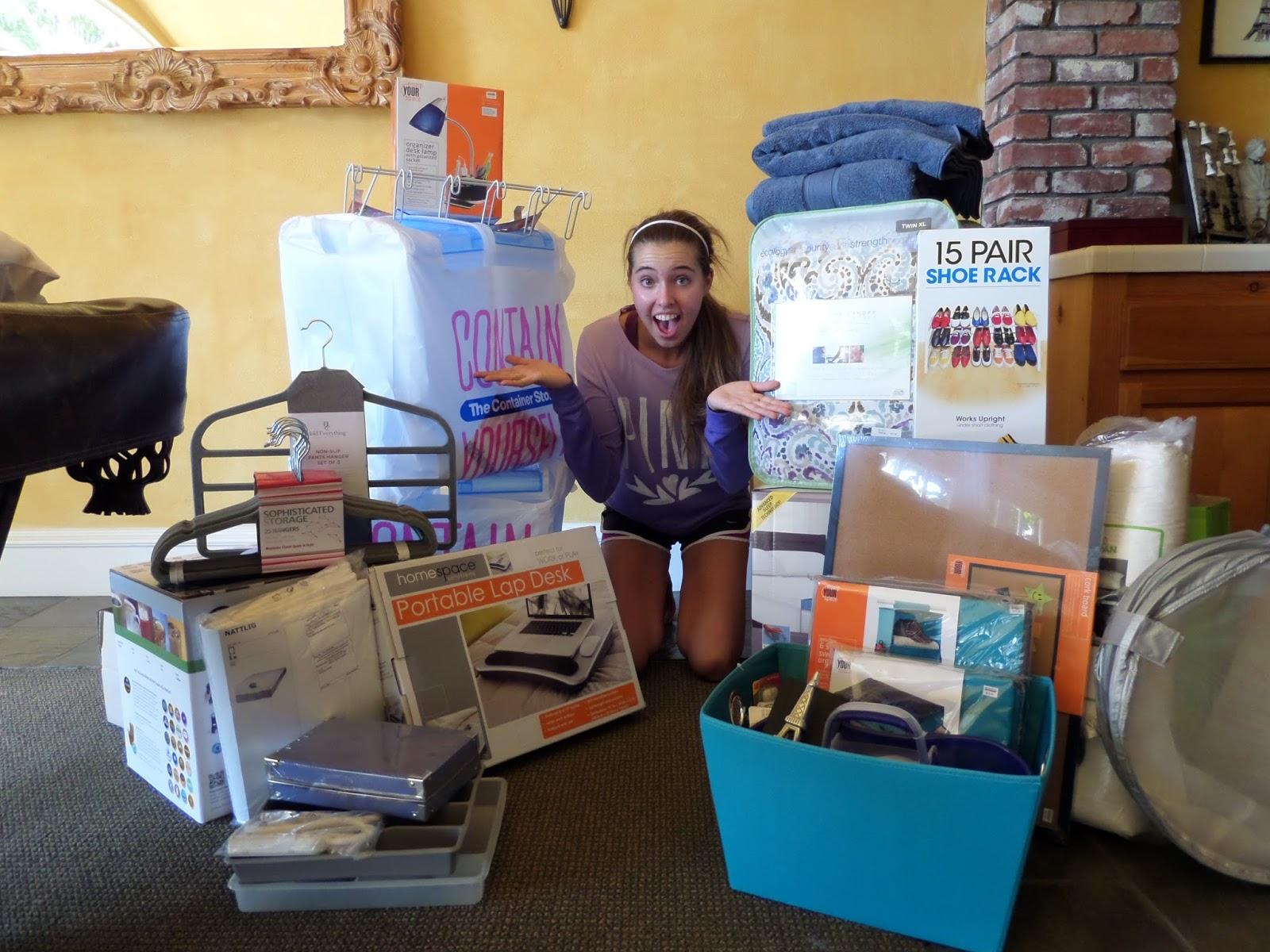 Americanamanda Packing And Preparing College Dorm Room