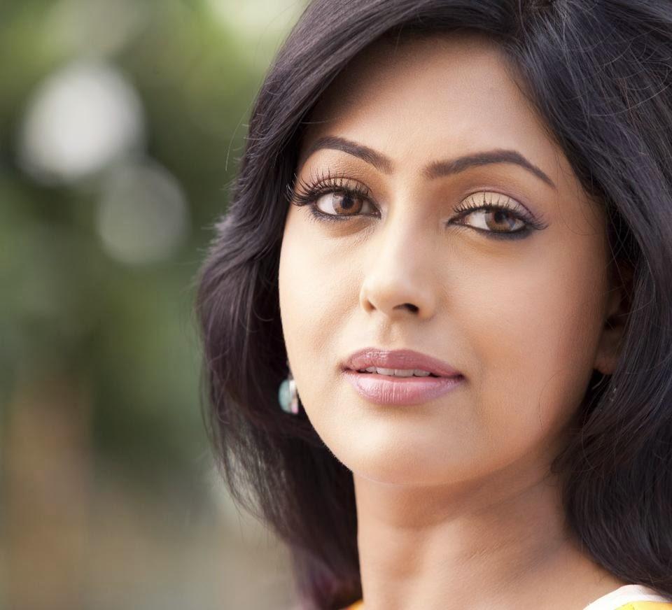 Bangladeshi Actress Nipun Hot Photos Still Picture -4757