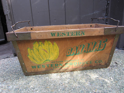 Hob Nobbers Vintage Banana Crate