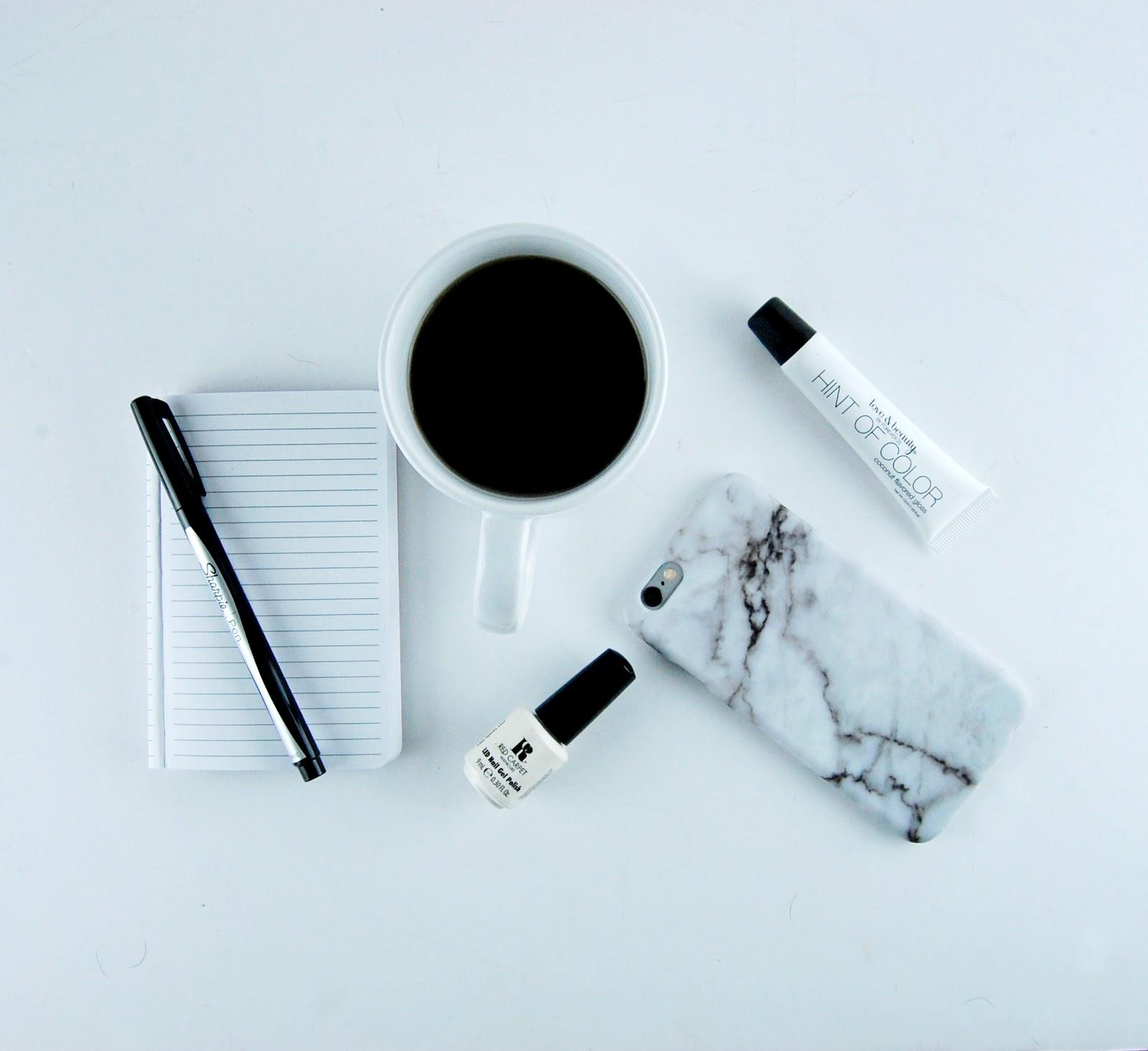 minimalizm, minimalista, jak zostać minimalistą, minimalizm zasady, dla kogo minimalizm, czym jest minimalizm, minimalist, stock photo bundle, minimalism