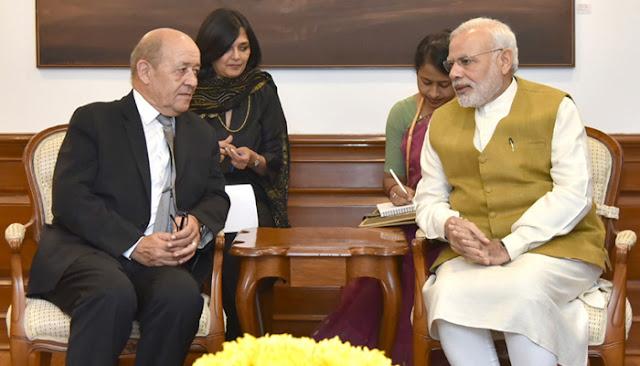 आतंकवाद के खिलाफ लड़ाई लड़ने के लिए भारत के साथ है  फ्रांस