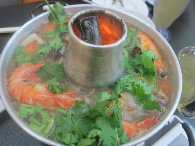 Charcoal Pot Tom Yum Seafood