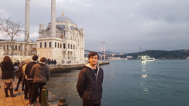 Harun İstenci Ortaköy Camii (Büyük Mecidiye Camii) Beşiktaş, İstanbul'da - Ocak 2018