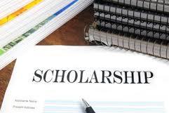 How to Apply for a Scholarship: College Freshman's Recipe