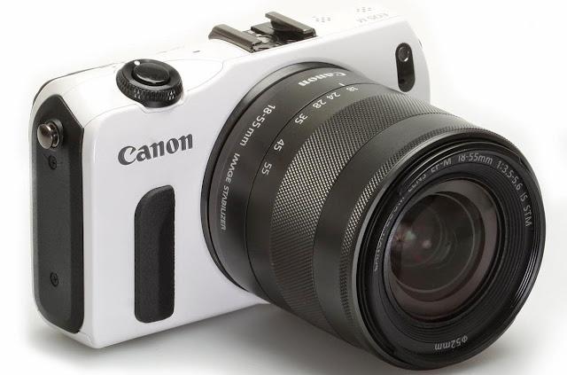Kamera mirrorles Canon
