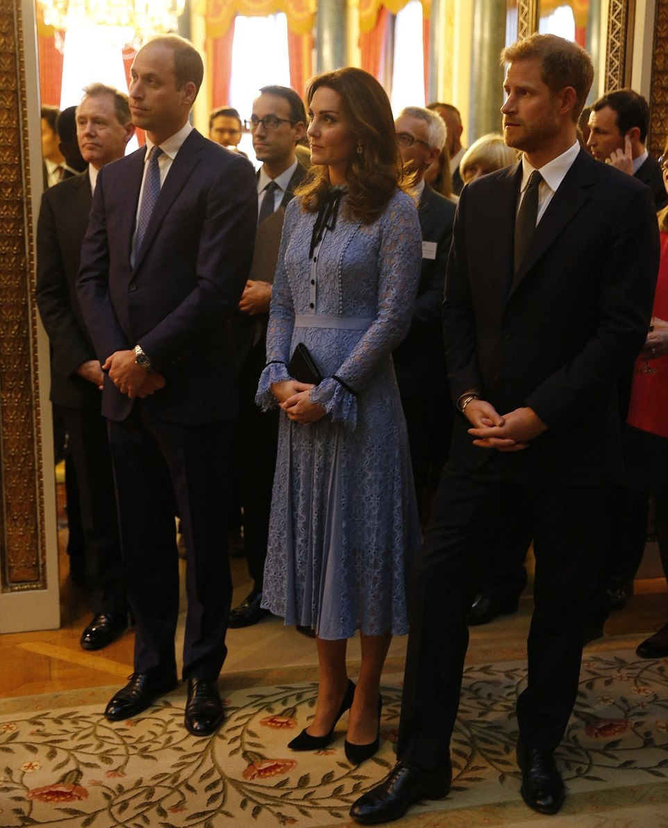 k1 Kate Middleton Makes First Public Appearance Since Announcing 3rd Pregnancy News