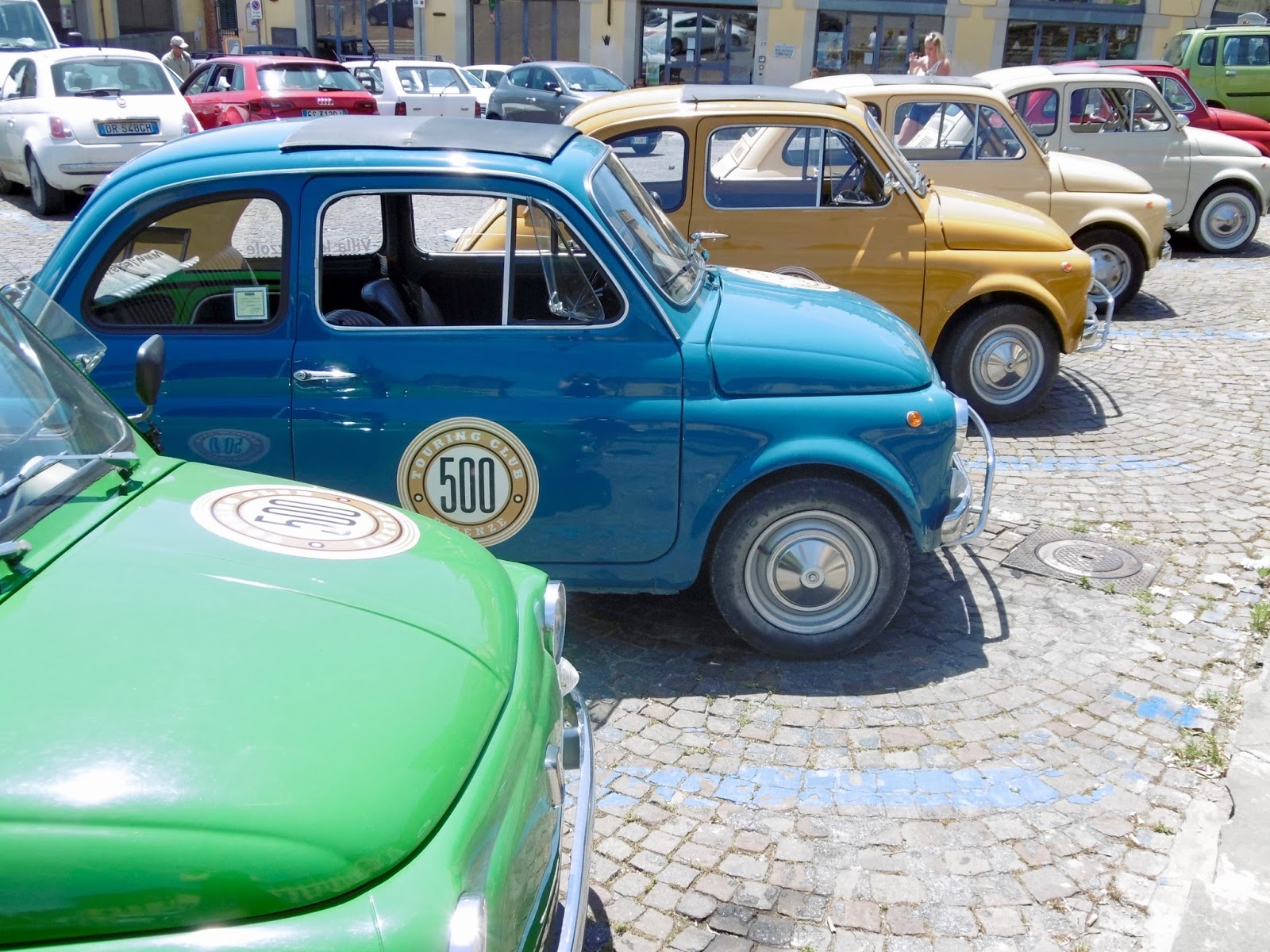 Bright vintage fiat 500 in Florence,  Cal McTravels