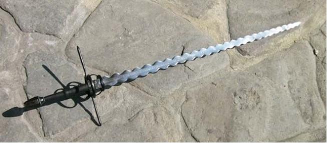 Pedang Paling Aneh Tertajam Dan Mematikan di Dunia