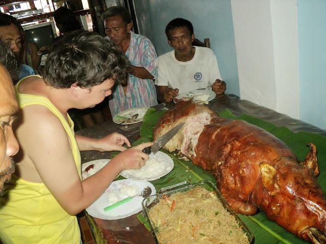 Fiesta i pieczona świnia :) lechon baboy