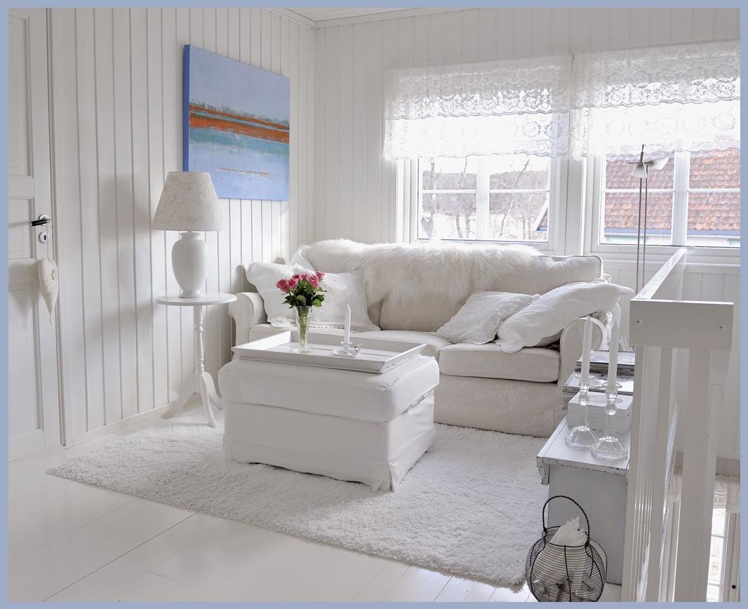 Rooms Of Inspiration: Lovely All White Living Room