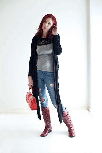 My Style: H&M T-shirt, California Moonrise Cardigan from Hudson's Bay, Noisy May Jeans, Town Shoes Boots, Aldo Purse, Fashion Styletips, Trends, Outfit,  OOTD, Ideas, Valentines Day, Toronto, The Purple Scarf, Melanie.Ps, Ontario, Canada