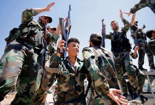 القيادة العامة للجيش تنهي الاحتفاظ للضباط المجندين الذين أتموا خمس سنوات احتفاظ