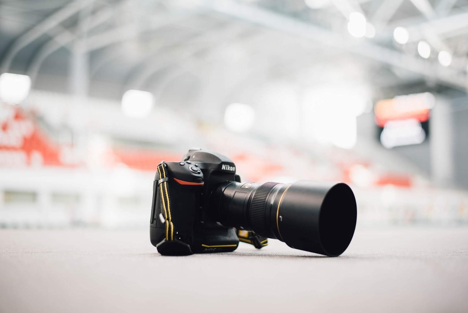 5 Kamera DSLR Terbaik 2018