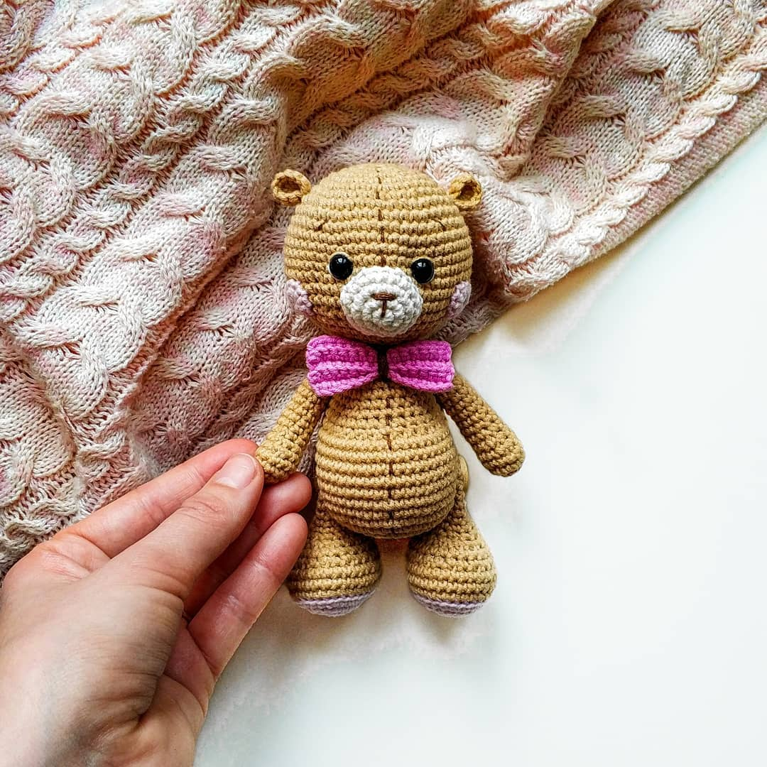 Elegant Free Crochet Teddy Bear Pattern | Crochet teddy bear ... | 1080x1080