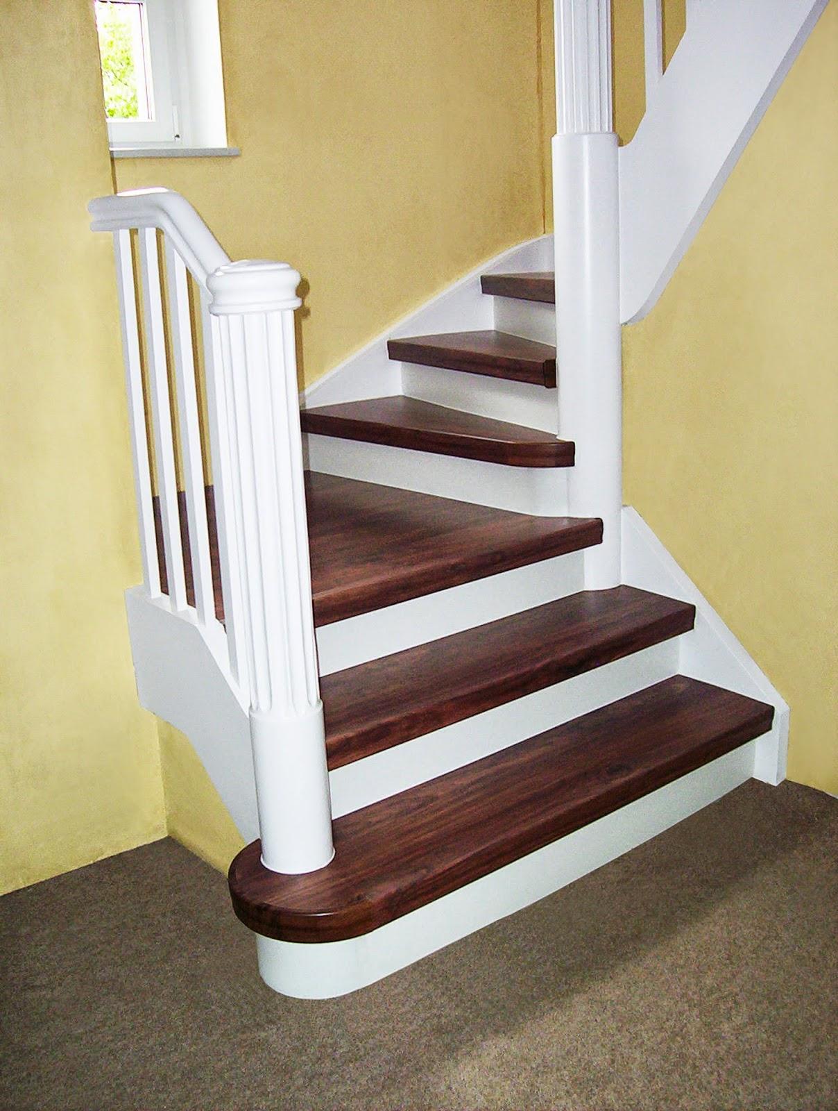 Treppenrenovierung in Dekor-Kombination: Stufen Walnuss – Setzstufen weiß