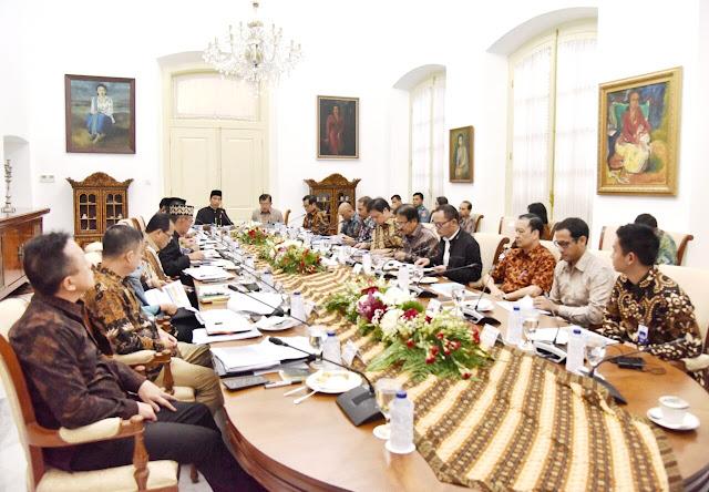 Presiden RI Jokowi Undang CEO Ruangguru Hadir di Rapat Kabinet