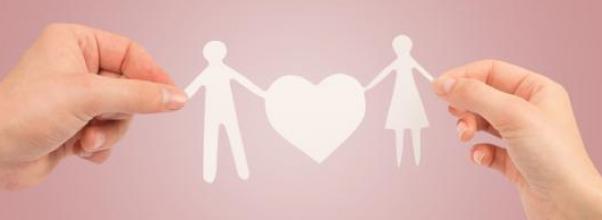Alasan wanita memilih pasangan pria yang lebih tua