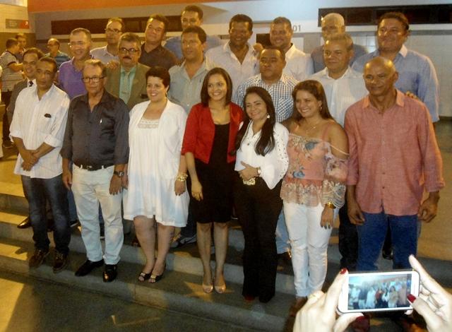 Resultado de imagem para Moema Gramacho com secretários
