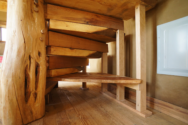 how to build a wooden spiral staircase my staircase gallery. Black Bedroom Furniture Sets. Home Design Ideas