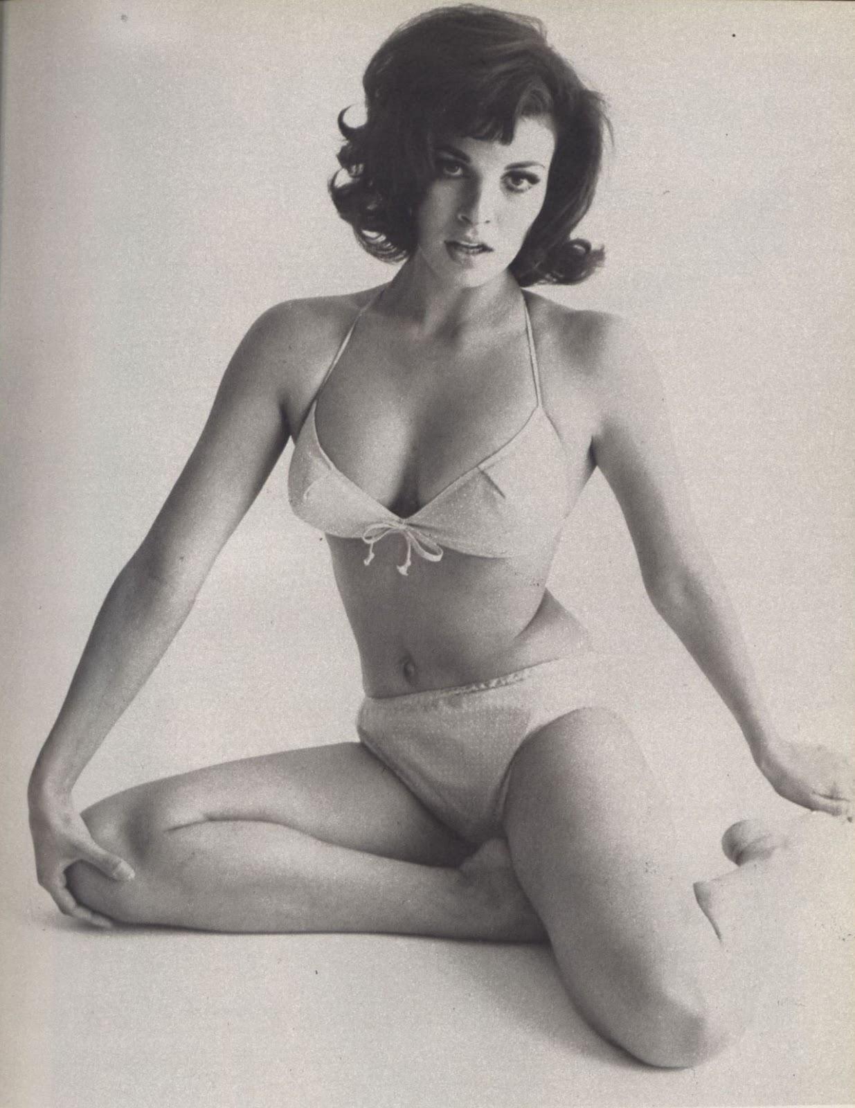 Raquel Welch Nude Celebs