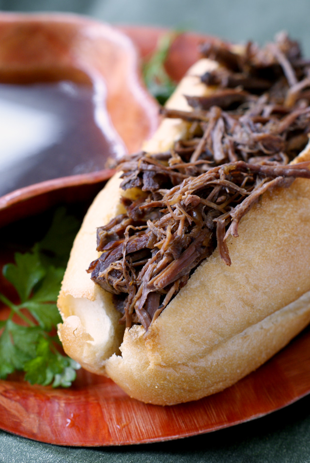 Crock Pot French Dips | thetwobiteclub.com