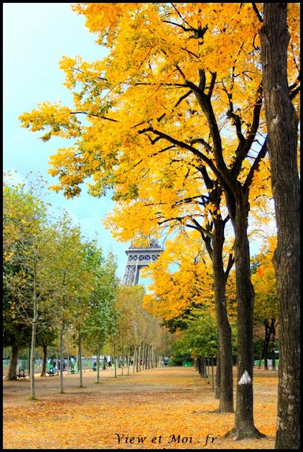 tour eiffel automne