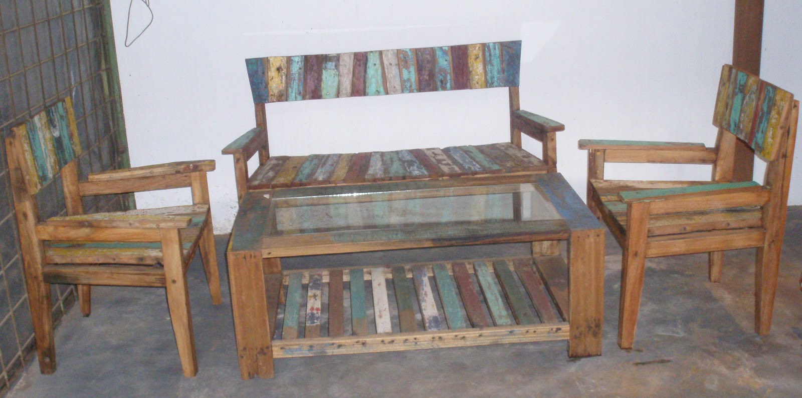 Recycle Furniture Mr Chicken Recycle Furniture Recycle Boat Furniture