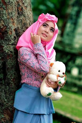 Foto Cewek Model  hijab zaskia sungkar Foto Cewek Model  hijab jaman sekarang 2018