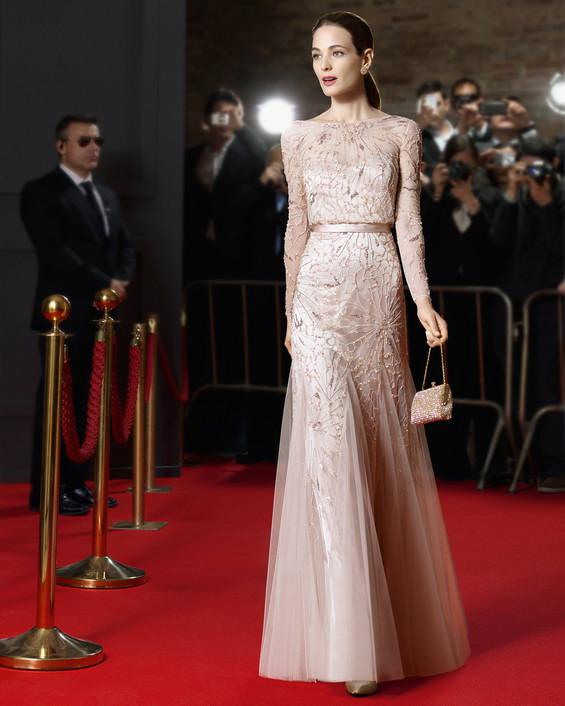 Increíbles vestidos de cóctel ¡Outtfits de moda Rosa Clara!