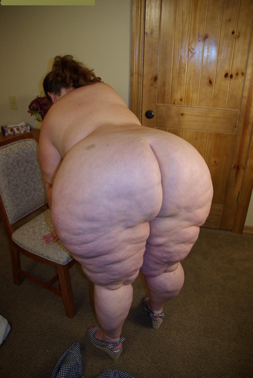 bent over bottom boob