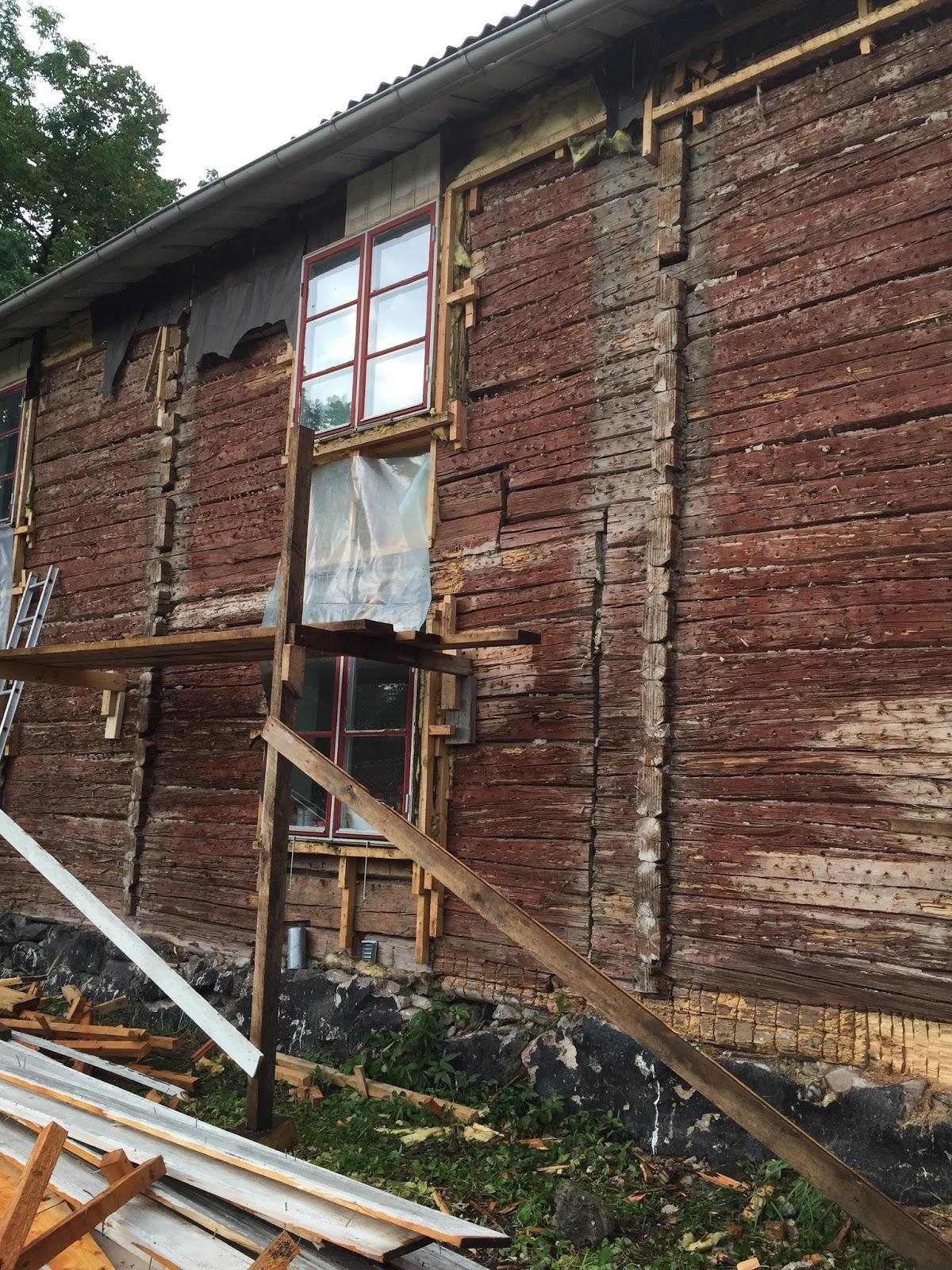 Ett gammalt timmerhus: vad gör man om man vill renovera...