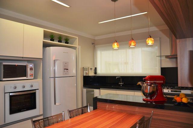 cozinha-preto-mais-madeira