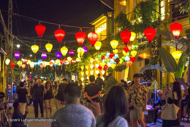 Aneka Lampion di Night Market Hoi An