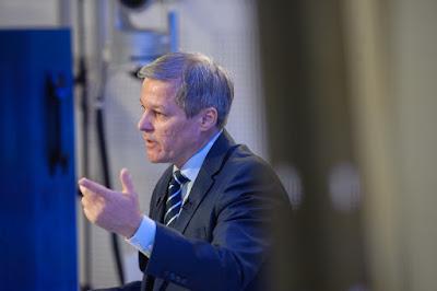 Dacian Cioloș, közkegyelem, büntető törvénykönyv, Románia, Liviu Dragnea, Grindeanu-kormány, PSD-ALDE