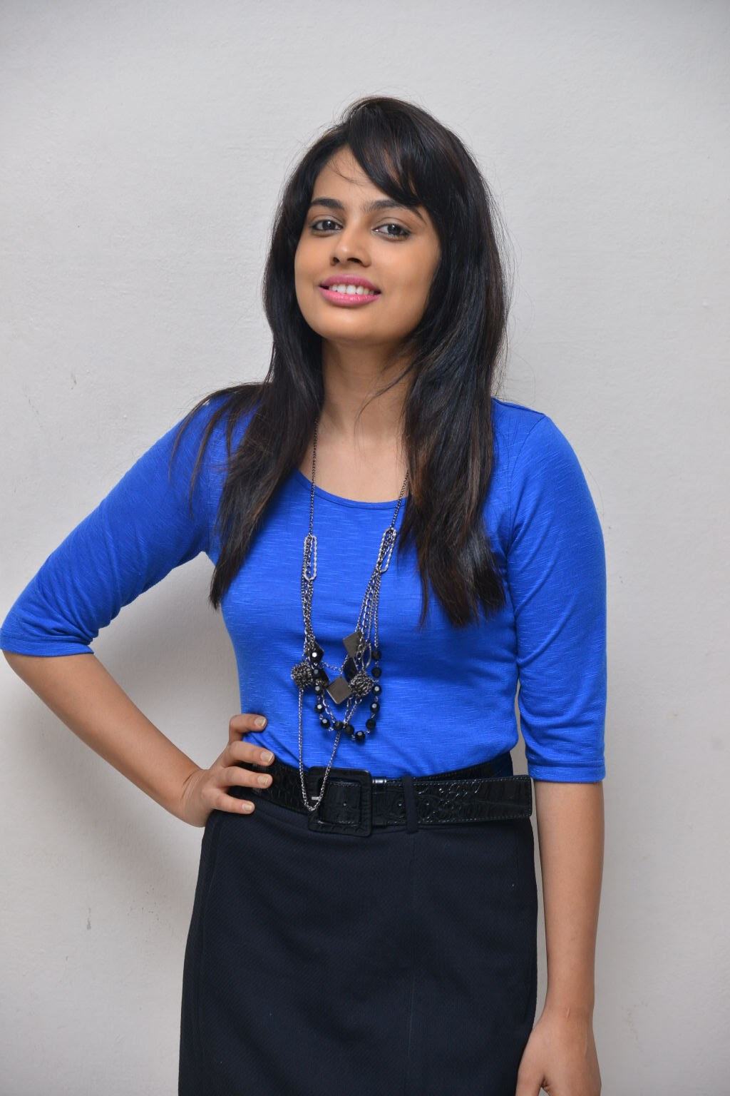 Nandita swtha sizzling in blue top-HQ-Photo-5