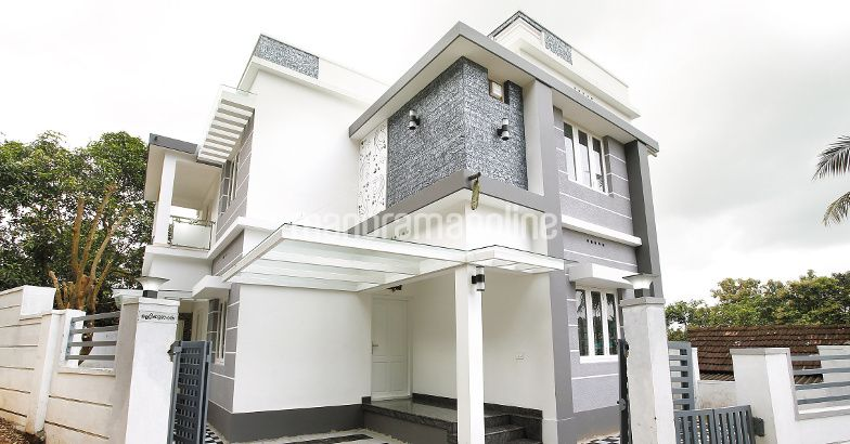 Dream home in 3 cent plot with 4 bedrooms stunning for House in 2 cent