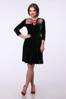 rochie-eleganta-la-reducere-de-black-friday-2