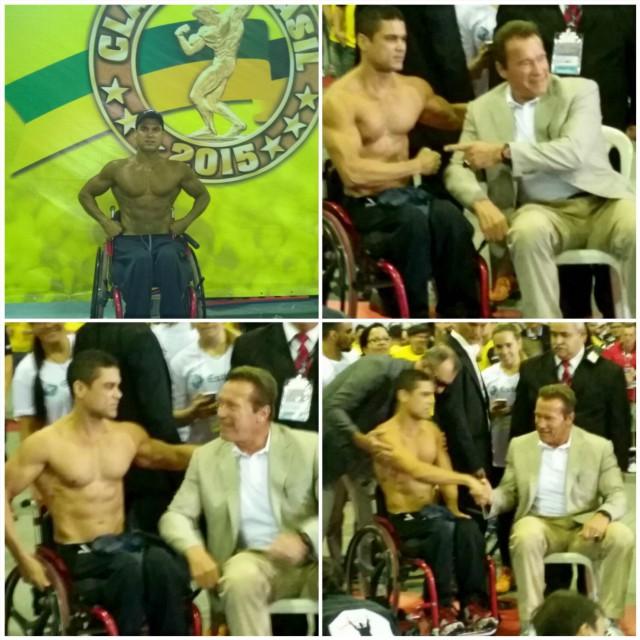 Arnold Schwarzenegger elogia e cumprimenta o atleta cadeirante Moreira Junior. Foto: Arquivo pessoal