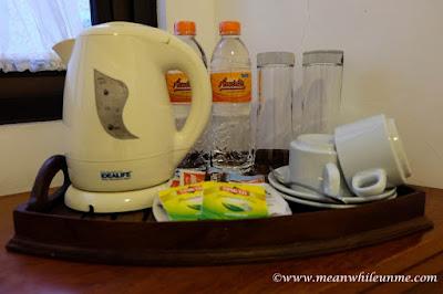 Hotel Review: fasilitas minum di Hotel Amira, Bandung