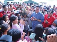 Gubernur Sumsel Disambut Haru Saat Tinjau Posko Pengungsian Tsunami Lampung