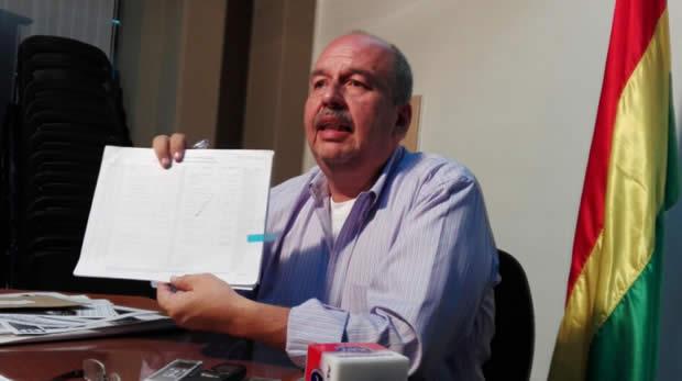 Senador Murillo exige al fiscal Guerrero investigar registro de llamadas de Illanes