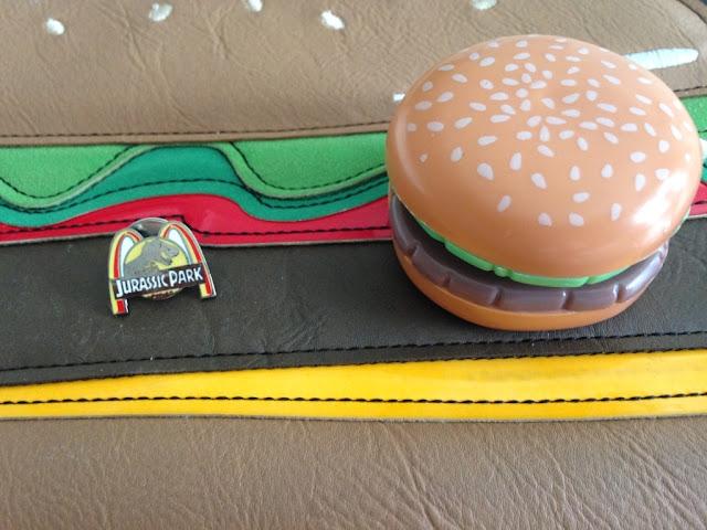 pins-collector-jurassicpark-yoyo-hamburger