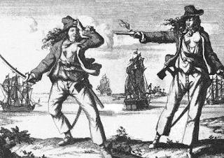 Capitana: mujer que dirige una tropa.