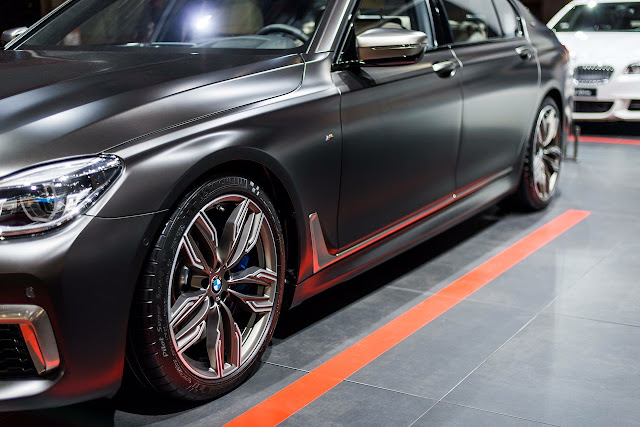 BMW M760Li xDrive au Mondial de l'Automobile de Paris (Photos)