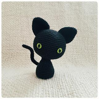 Tuto amigurumi - Ourson en pyjama - Tout sur le crochet et les ...   320x320