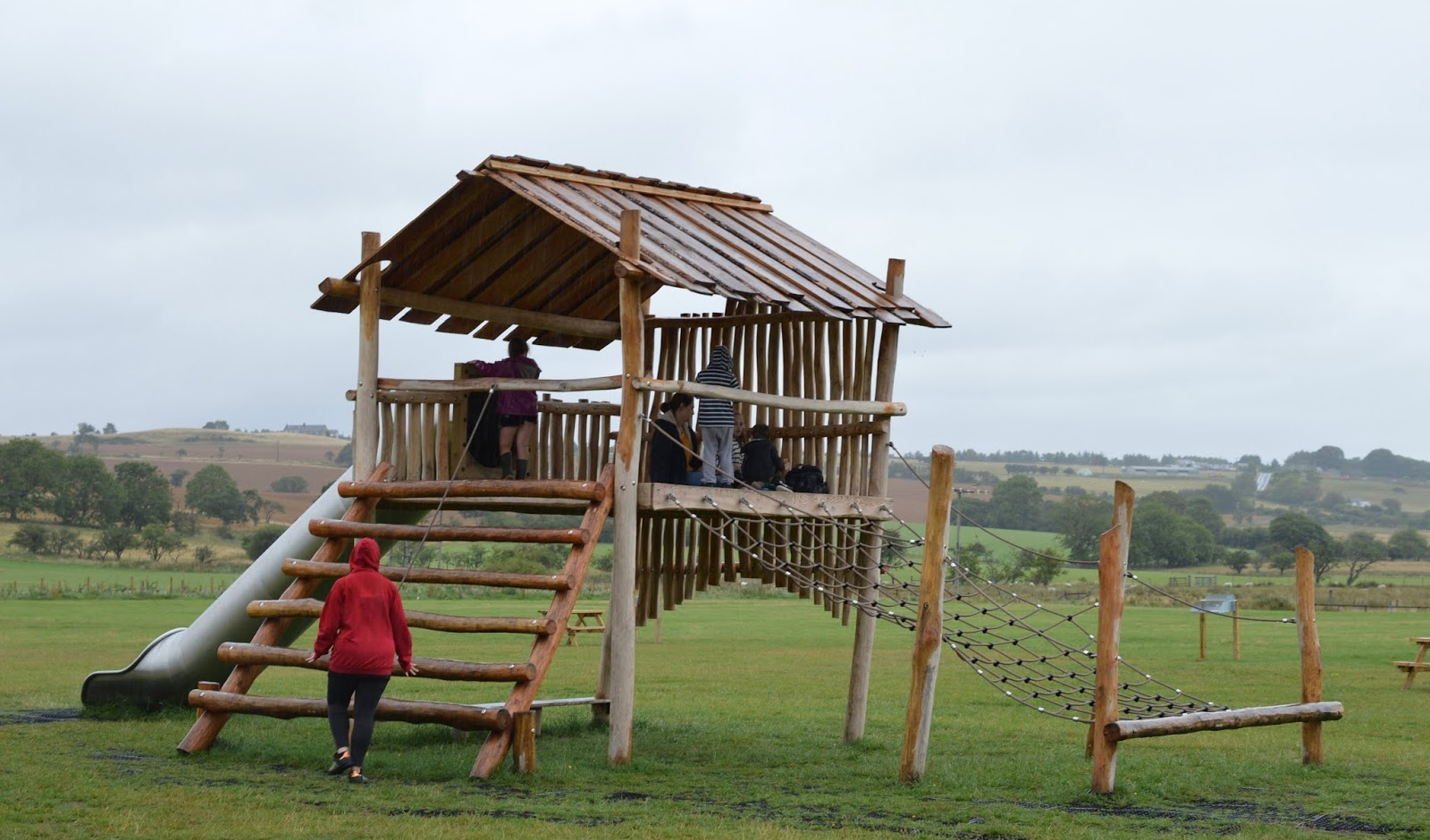 FREE Nature Trail at Derwent Waterside Park, Consett  - play park